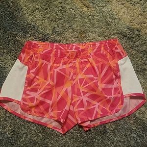 4/$25 Old Navy Active Workout Shorts in Pink XS